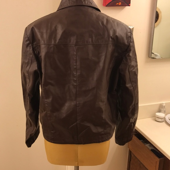 02ece036f 💥Vintage SEARS leather jacket made in Argentina💥